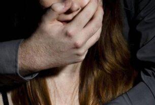 «Έβαλε τα δάχτυλά του βίαια στο αιδοίο μου και ταυτόχρονα χάιδευε το στήθος μου…» – Νέο «κρούσμα» από διάσημο ηθοποιό