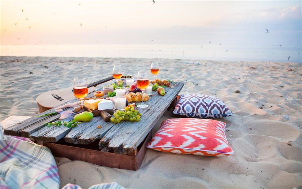 Finger Food: Το ιδανικό φαγητό που μπορείτε να πάρετε μαζί σας στην παραλία
