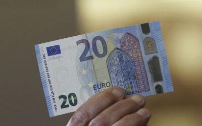 """Η κυβέρνηση """"εκτέλεσε"""" την εστίαση: «Χαράτσι» 20 ευρώ για έναν καφέ!"""