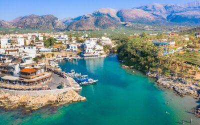 Σίσι: Η άγνωστη και μεγάλη φυσική πισίνα της Ελλάδας (φωτο-video)