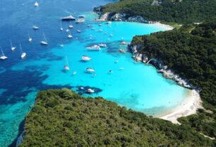Οι 5 παραλίες στην Ελλάδα με νερά σαν της Καραϊβικής