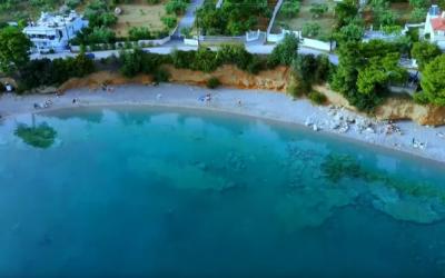 Προσήλι: Η οικογενειακή παραλία στο Πόρτο Γερμενό που έχει πάντα νερό… λάδι