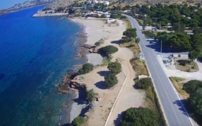 Θυμάρι: Η ξεχωριστή απομονωμένη αμμουδιά στην Αττική