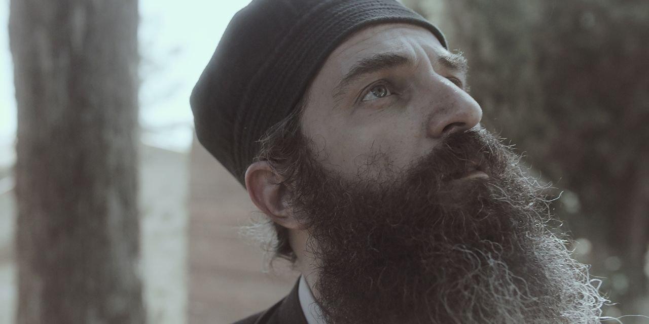 Άρης Σερβετάλης για «Ο άνθρωπος του Θεού»: «Έτσι μου φανερώθηκε ο Άγιος Νεκτάριος»
